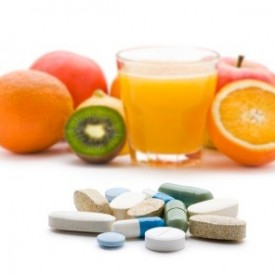 Multivitamins May Slightly Lower Men's Cancer Risk: Study